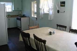 he Annex Kitchen and dining area